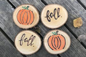 DIY WOODEN CRAFT DECORATION IDEAS FOR RUSTIC HOMES