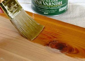 HOW TO PROTECT WOODEN FURNITURE WITH VARNISH