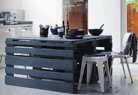 UNIQUE DINING TABLE WOODEN PALLETS FURNITURE IDEAS
