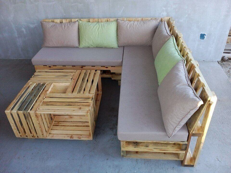 DIY RECLAIMED WOOD PROJECTS IDEAS WITH BUILD PALLET L SHAPE SHOFA