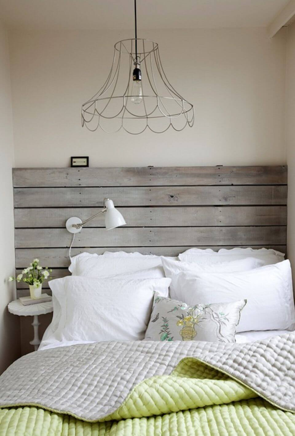 WOOD HEADBOARD FOR SMALL BEDROOM