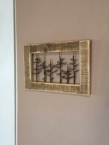 WIRE IN FRAME RUSTIC WOOD ART WALL DECOR IDEAS