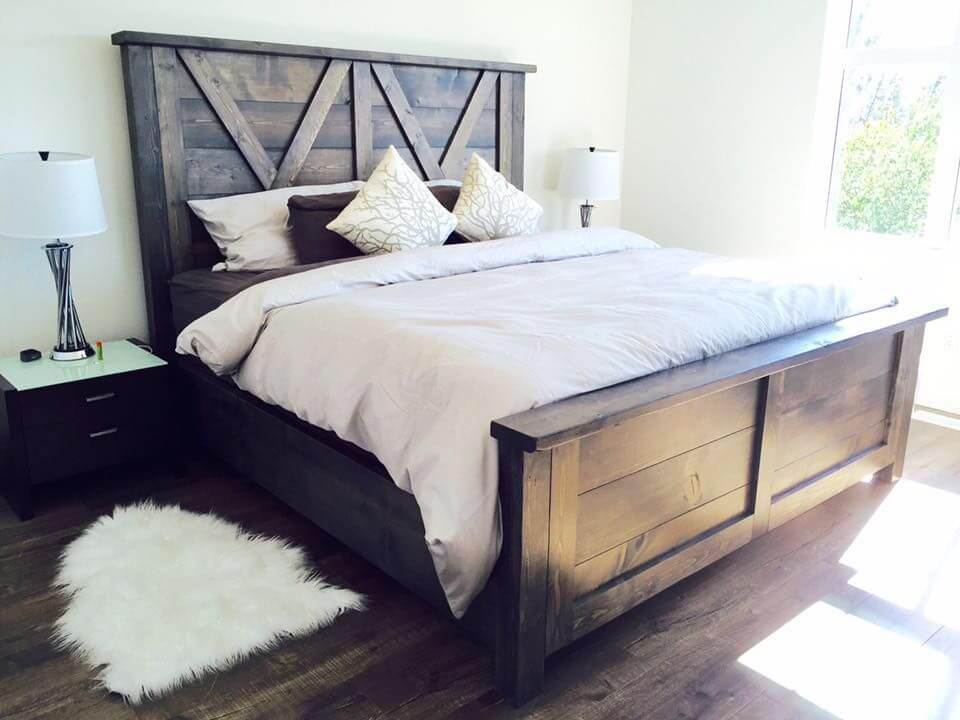 BARN STYLE WOOD HEADBOARD PROJECT IDEAS