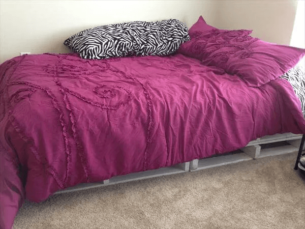 COZY DAY PALLET BED FRAME DESIGN IDEAS DIY