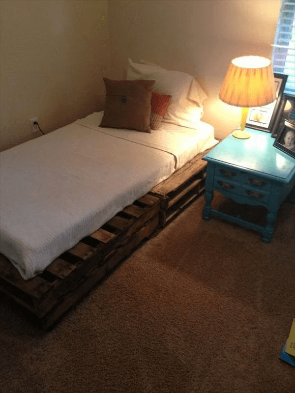 DIY PALLET BED FRAME SIMPLE DESIGN IDEAS
