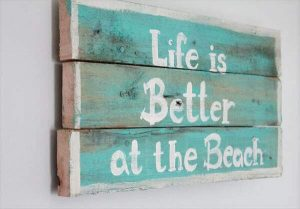 DIY RUSTIC PAINTED PALLET SIGN WALL ART IDEAS