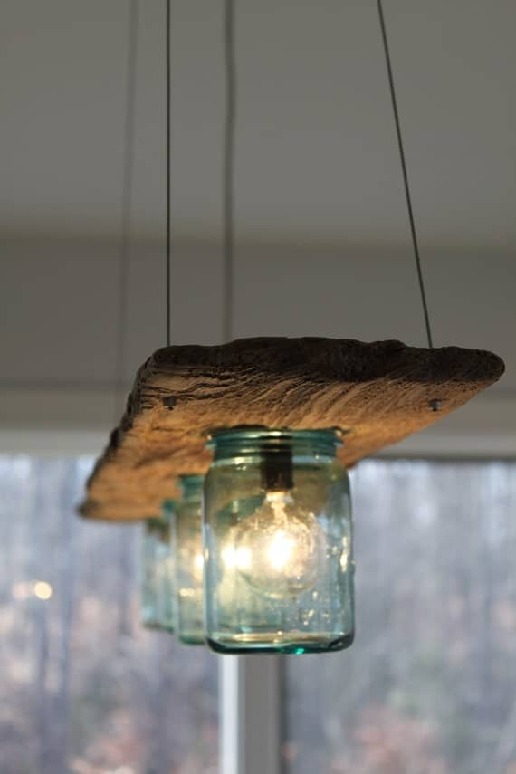 DIY WOOD PALLET WITH MASON JARS LAMP DESIGN IDEAS