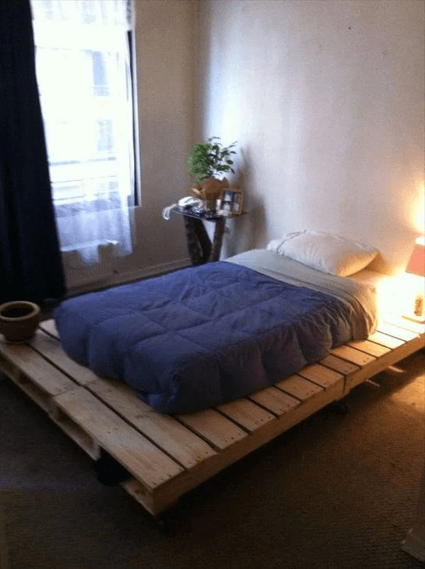 SIMPLY LIGHT DIY PALLET BED FRAME DESIGN IDEAS