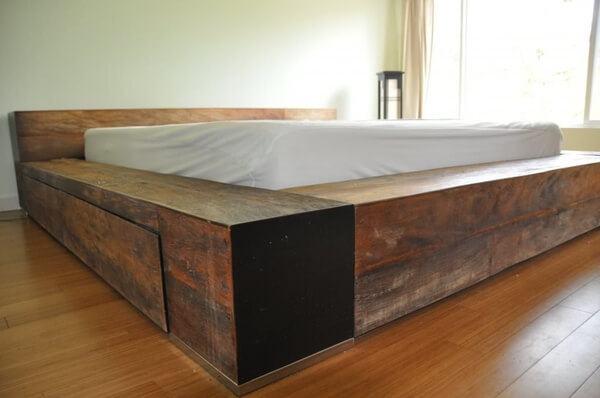 SOLID WOOD FURNITURE IDEAS RUSTIC BED