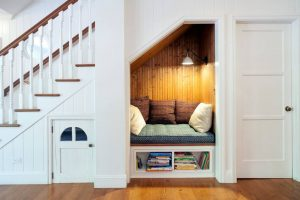 UNDER STAIR DARK WOODEN BOOK NOOK DESIGN IDEAS