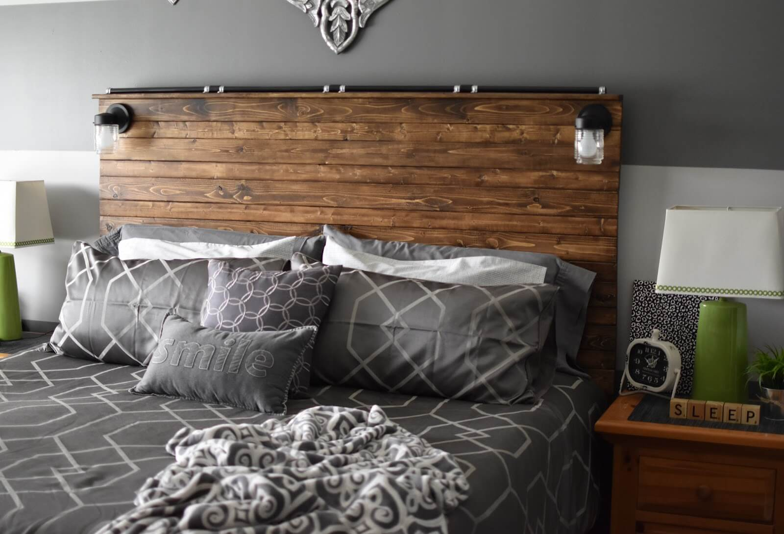 WOOD CUSTOMIZED HEADBOARD DESIGN IDEAS