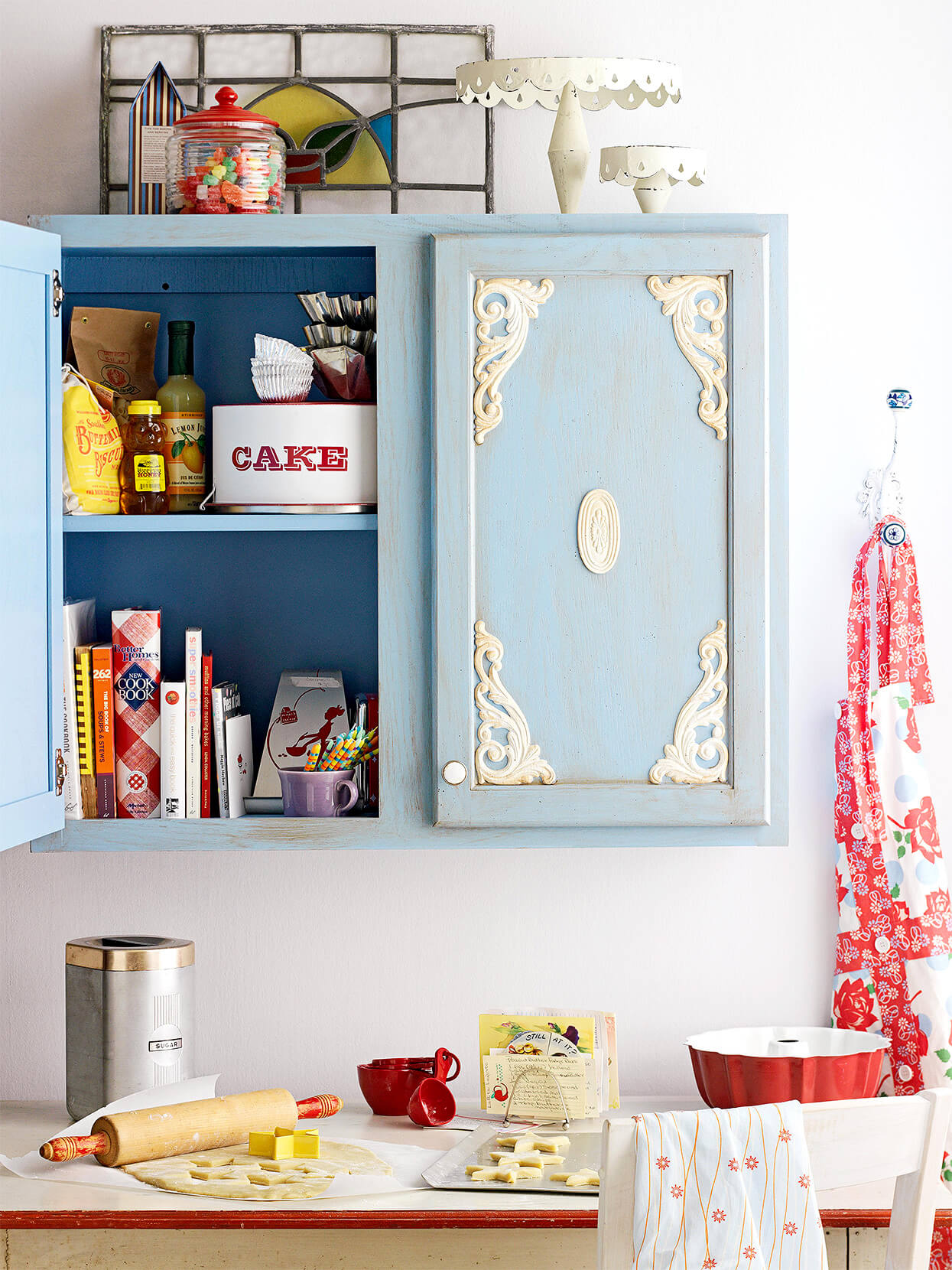 CUT OUT FOR ANTIQUE VIBE WOOD CABINET MAKEOVER IDEAS