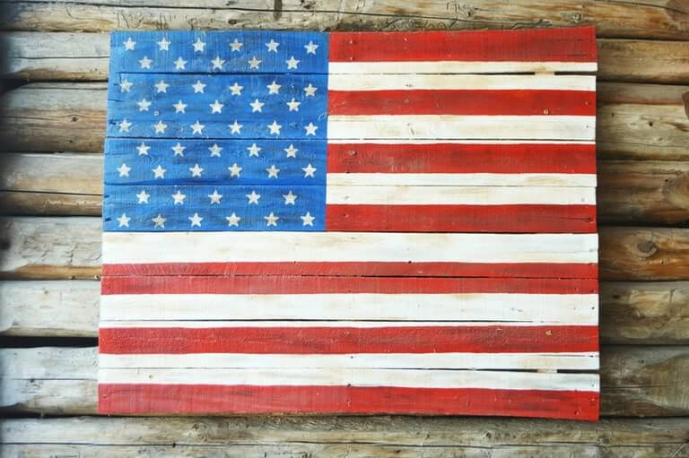 DIY AMERICAN FLAG WOODEN PALLET PROJECTS IDEAS FOR KIDS