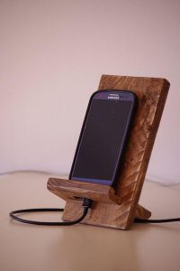 MOBILE PHONE CADDY WOODWORKING PROJECT FOR KIDS