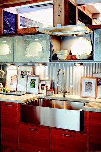 WOOD MAKEOVER KITCHEN CABINET IDEAS LIGHT UP (1)