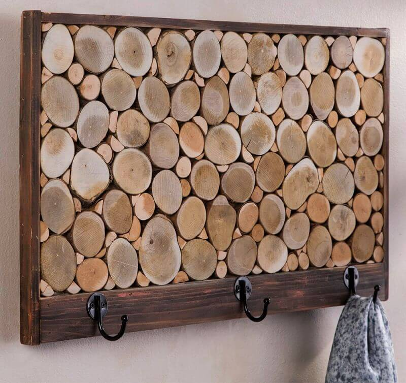 AWESOME BEDROOM FURNITURE WITH RECLAIMED WOOD HOOKS