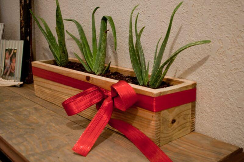 BRING OUTSIDE INSIDE WITH RECLAIMED WOOD PLANTER FOR BEDROOM