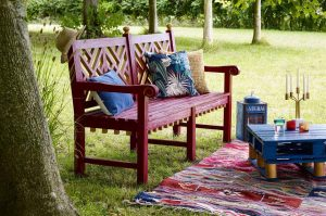 HOW TO TRANSFORM REAL WOOD FURNITURE BRAND NEW IN NO TIME