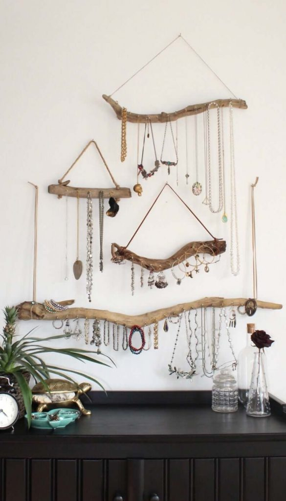 JEWELLERY DISPLAY FOR WOOD BEDROOM DECORATION