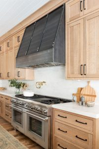 NATURAL STYLE WOOD KITCHEN CABINET DESIGN IDEAS