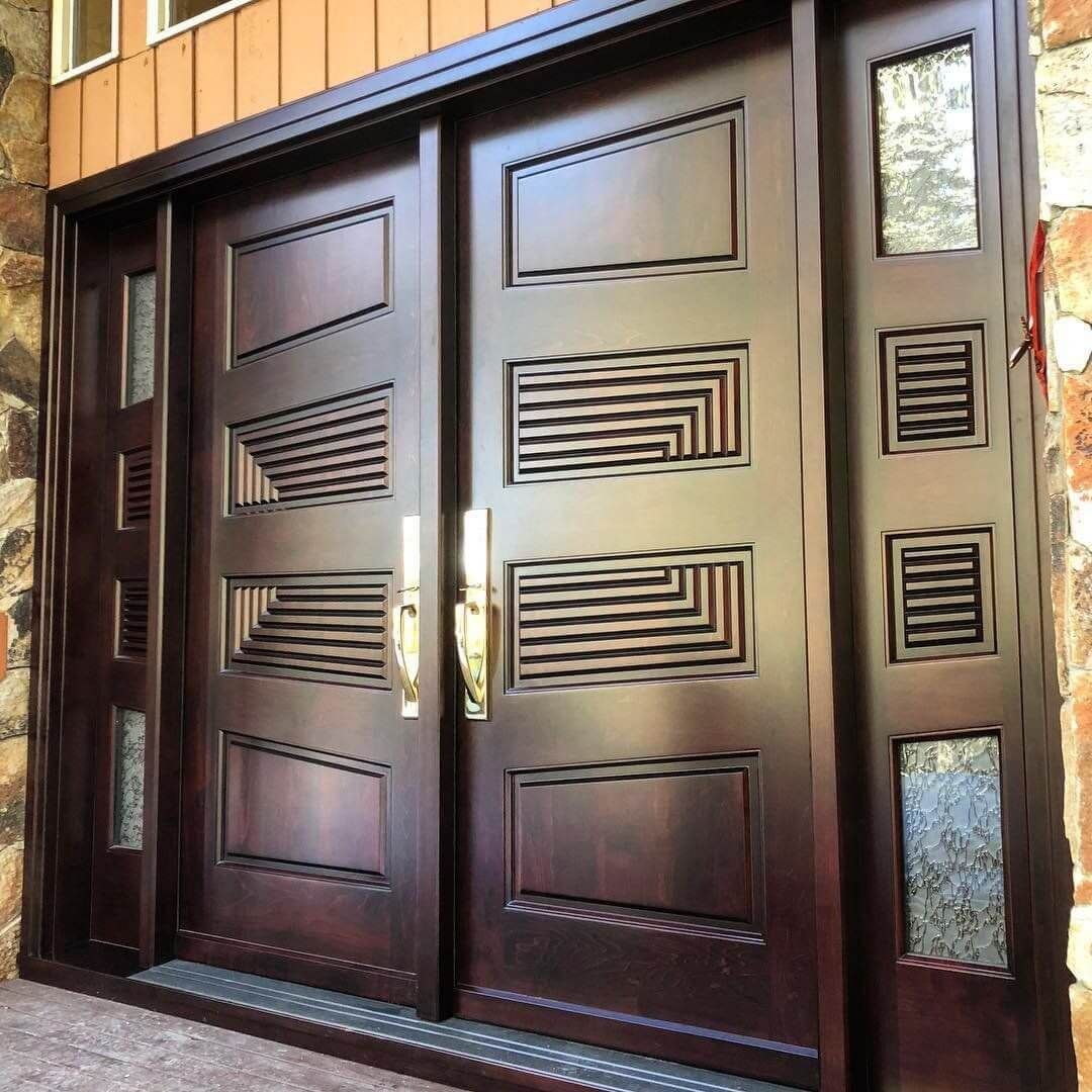 WOODEN DOOR ENTRANCE CHIC GEOMETRIC DESIGN IDEAS