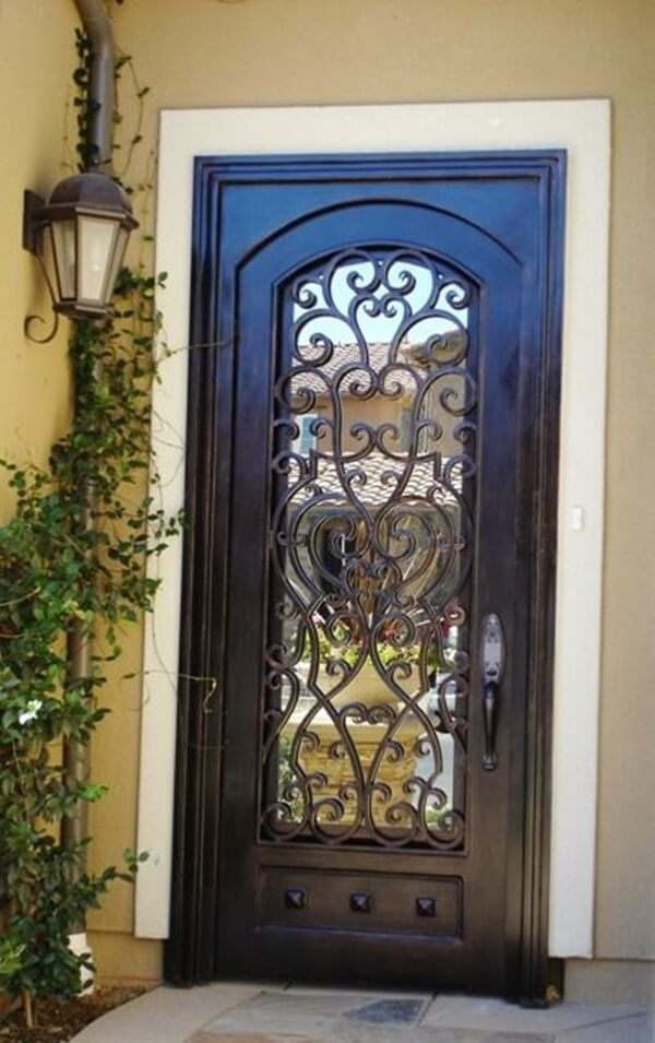 WOODEN GRILL DOOR ENTRANCE DESIGN IDEAS