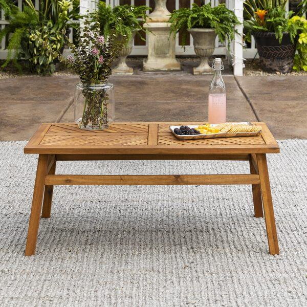 OUTDOOR SOLID WOOD COFFEE TABLE DESIGN IDEAS