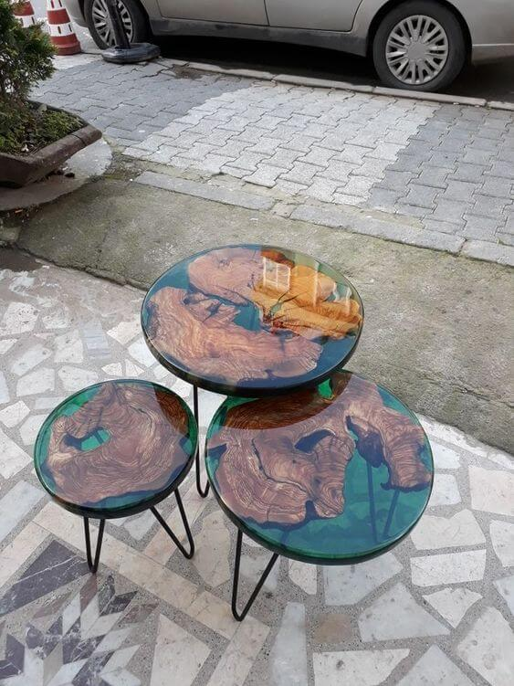 WOOD AND RESIN CONTEMPORARY COFFEE TABLES