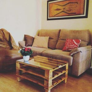 PALLET WOOD COFFEE TABLE IDEAS WITH GLASS TOP AND STORAGE