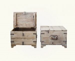 SQUARE TRUNK RECLAIMED WOOD COFFEE TABLE