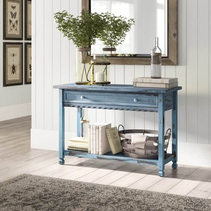 FARMHOUSE AND CLASSIC SOLID WOOD CONSOLE TABLE IDEAS