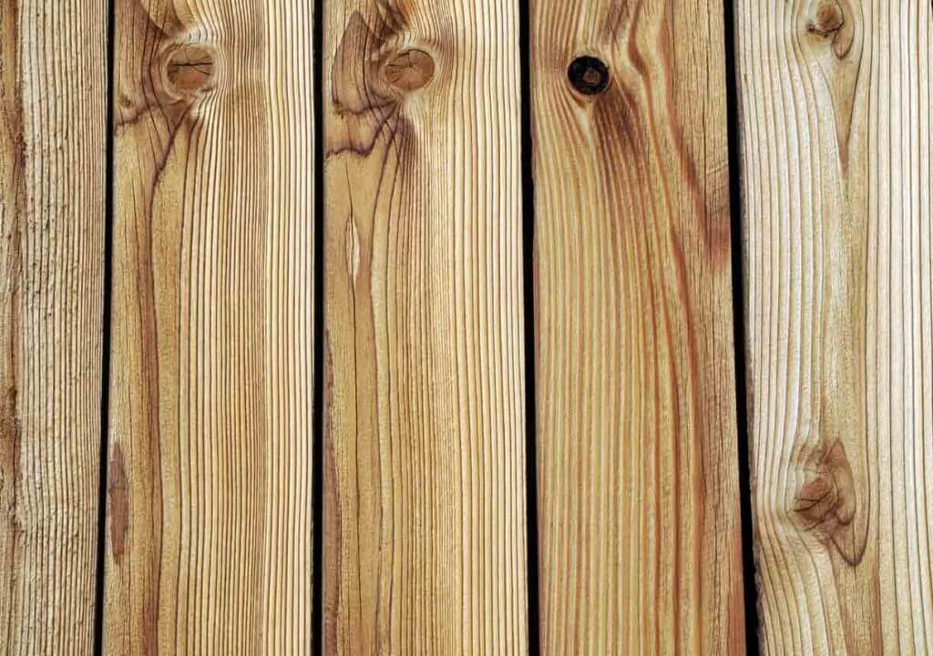 CHOOSE THE WOODS PLANKS FOR TABLE TOP
