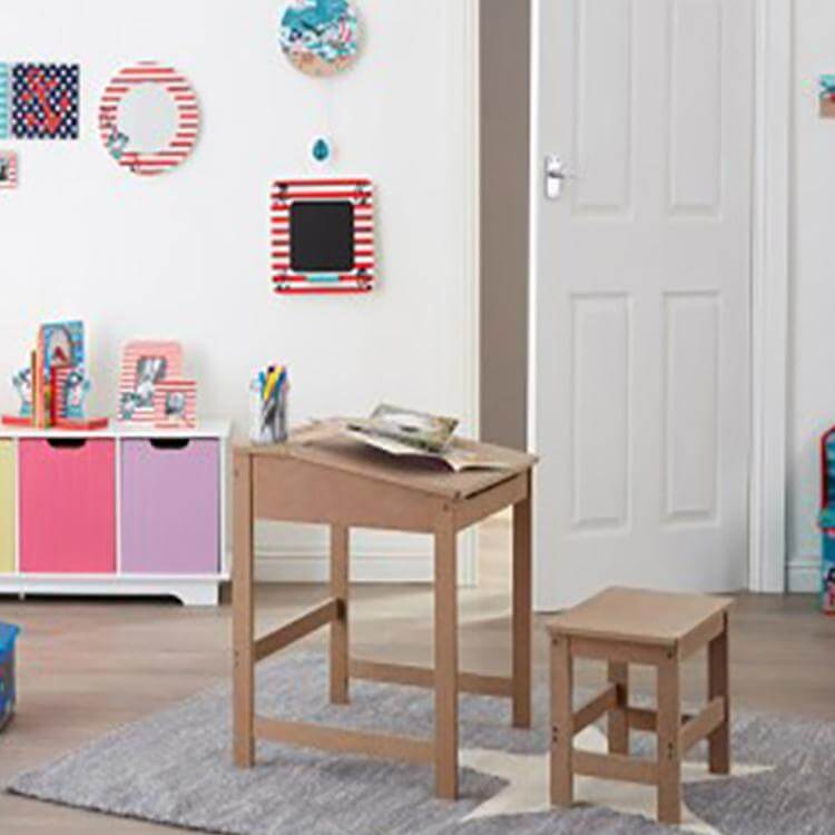 SINGLE CHILDRENS WOOD TABLE AND CHAIRS SETS