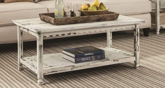 COUNTRY COTTAGE DISTRESSED WOOD COFFEE TABLE