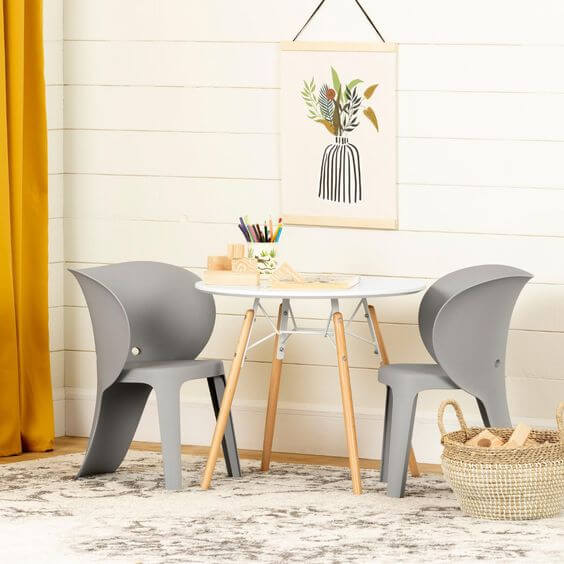 ROUND SCANDINAVIAN WOODEN TABLE AND CHAIR SET FOR TODDLERS