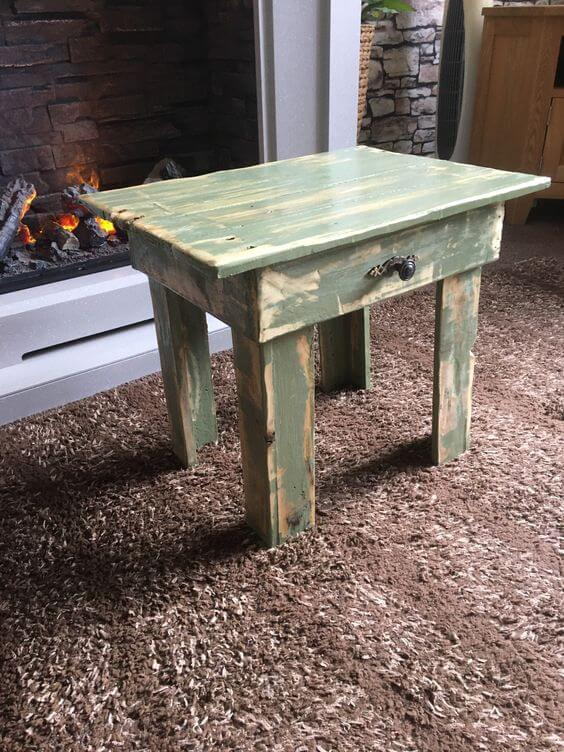 SHABBY CHIC PIECE DISTRESSED WOOD COFFEE TABLE