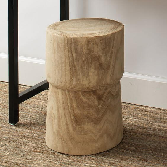 THE YUCA WOOD STUMP SIDE TABLE